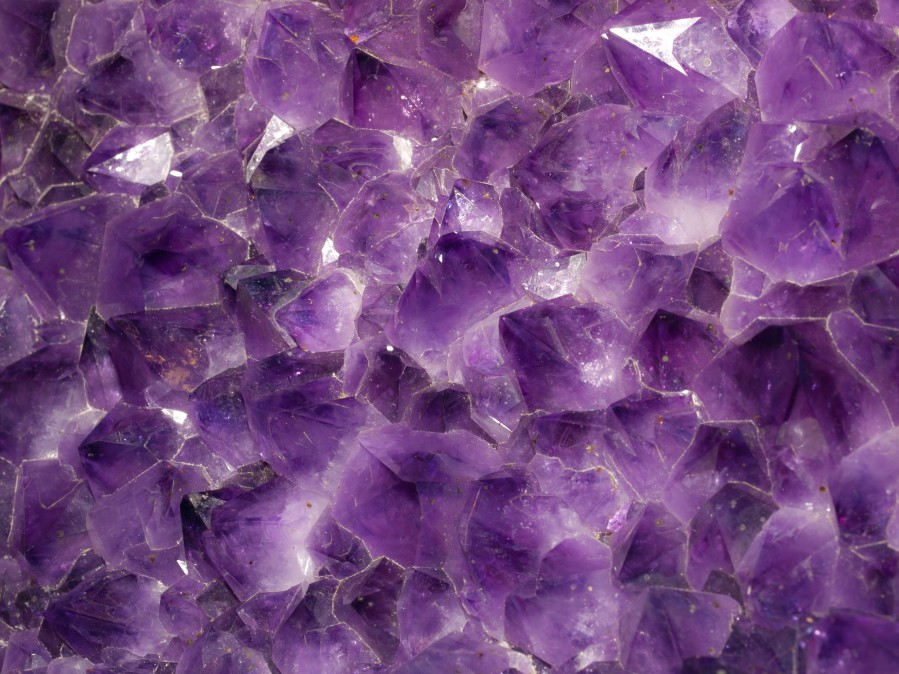 http://en.wikipedia.org/wiki/File:Amethyst_gem_stone_texture_wwarby_flickr.jpg http://creativecommons.org/licenses/by/2.0/deed.en