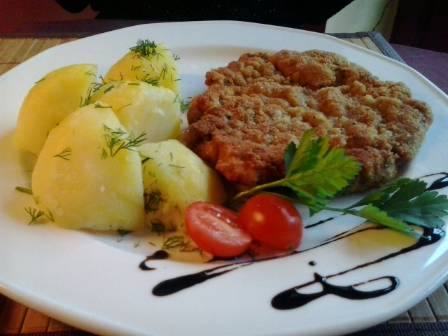 polish cuisine By MOs810 (Own work) [CC-BY-SA-3.0 (http://creativecommons.org/licenses/by-sa/3.0)], via Wikimedia Commons